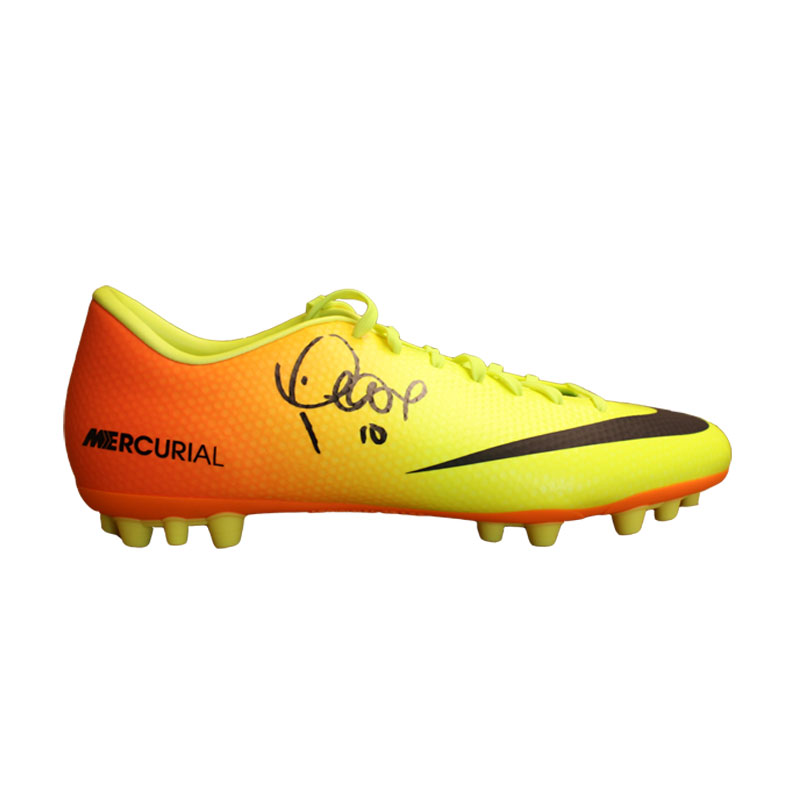 Philippe Coutinho Signed Nike Boot
