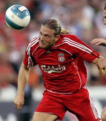 Andriy Voronin scores twice against Bremen