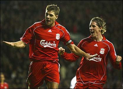 Gerrard scores v Fulham