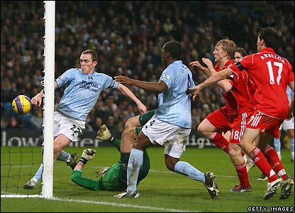 Kuyt had the reds best chance against City