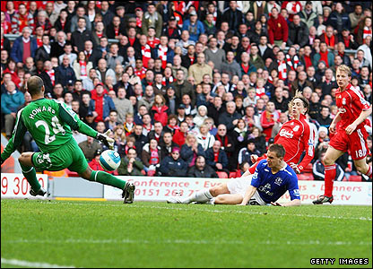 Torres scores in his first Derby