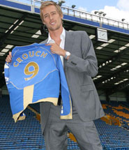Crouch signs for Portsmouth