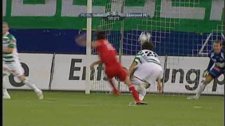 Yossi Benayoun against St Gallen