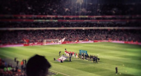 Arsenal beat Liverpool 2-0 at the Emirates Stadium