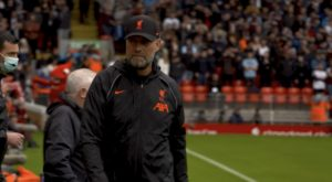 Klopp steps in to a full Anfield against Burnley